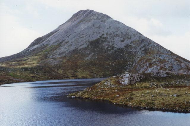 Lochan southwest of Binnein Beag