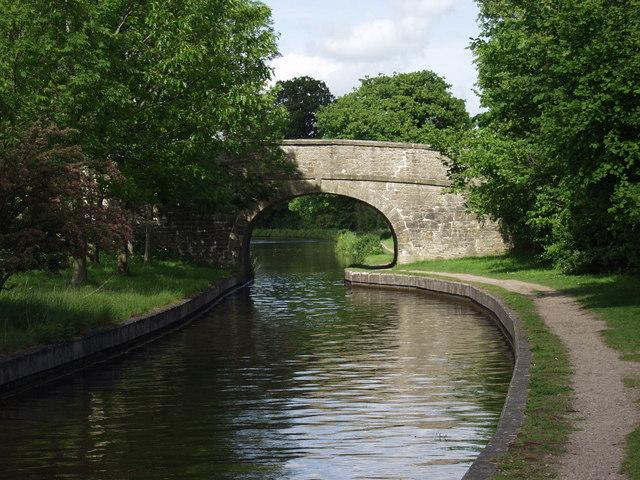 Llangollen Canal Bridge no. 34