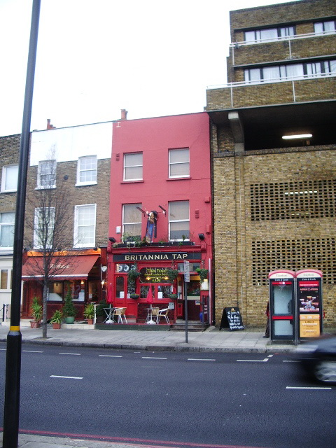 Britannia Tap, Warwick Road, London SW5