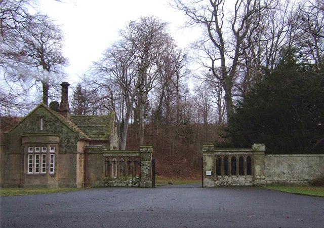 West Lodge, Lilburn