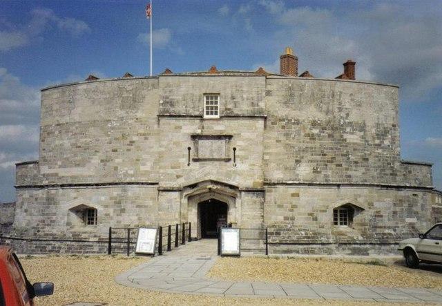Calshot: the castle