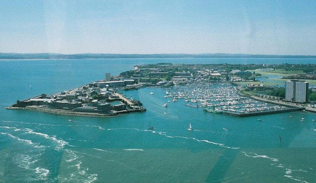 Gosport: Fort Blockhouse and the marina