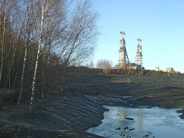 Clipstone Colliery from the Robin Hood Way