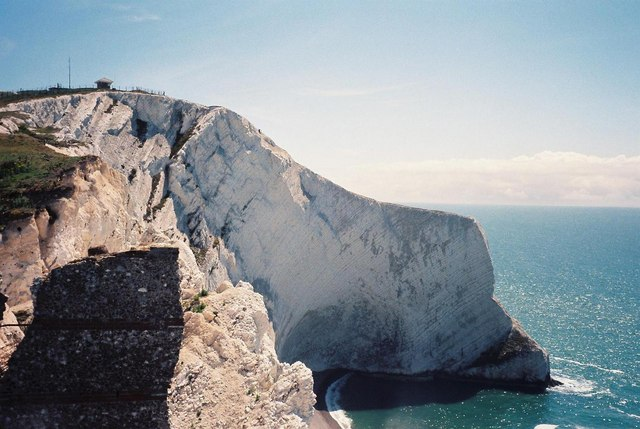 The Needles: Scratchell's Bay and Sun Corner