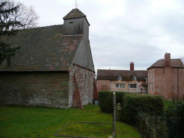 Aylton parish church and Aylton Court Farm House