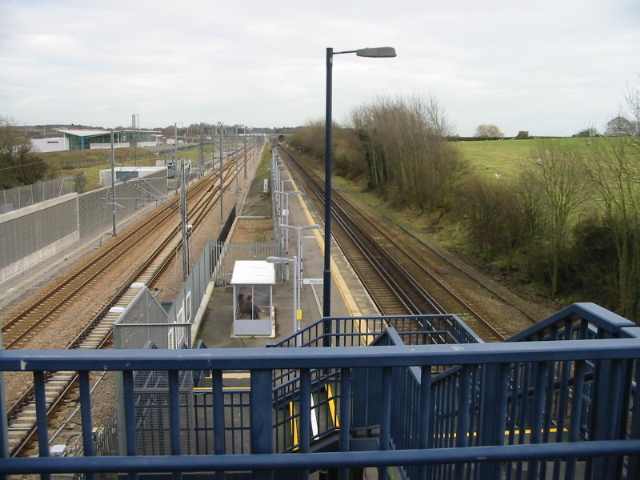 The two railway lines at Westenhanger