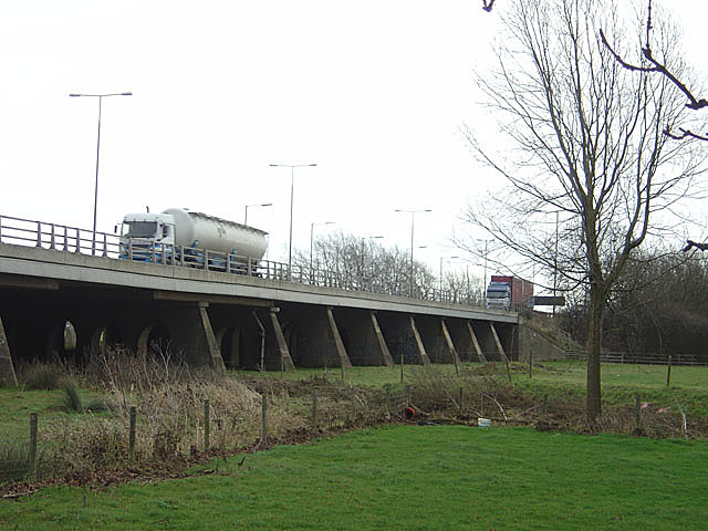 M1 viaduct over the Nene near Junction 16