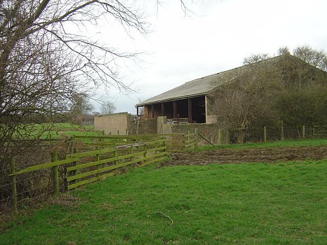Farm barn near Bugbrooke Mill