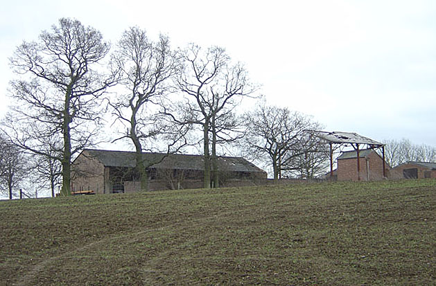 Farm buildings near Bugbrooke Mill