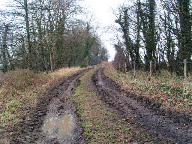 A muddy Watchley Lane on New Year's eve 2007 heading back towards Hooton Pagnell