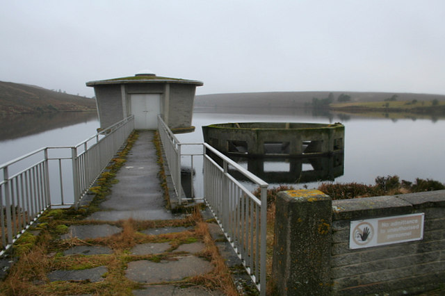 Control tower on eastern end of Clunas reservoir