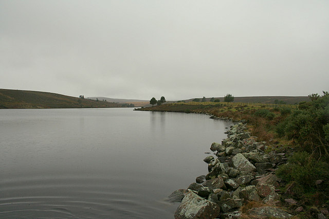 The tranquil waters of Clunas reservoir