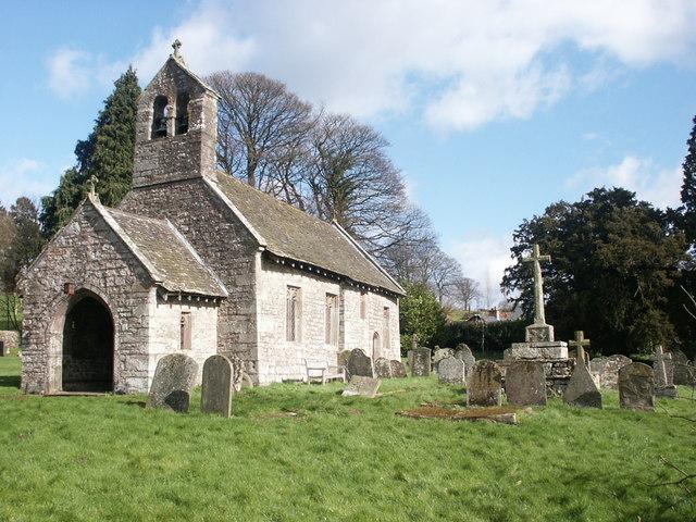 St Aeddan's churchyard cross, Bettws Newydd