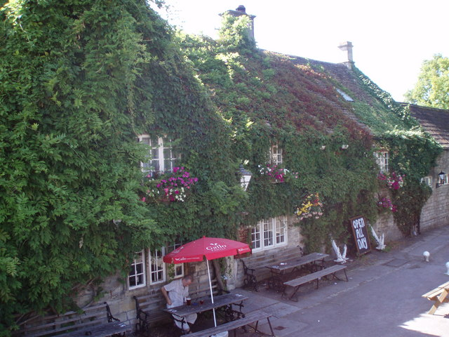 The George Inn from bridge