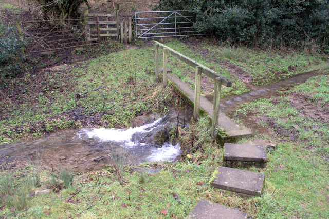 Footbridge over Wash Brook