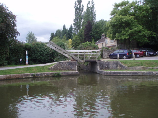 Entrance to Somerset Coal Canal Arm