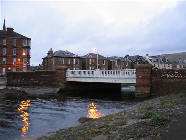 Gogo Water and road bridge Largs