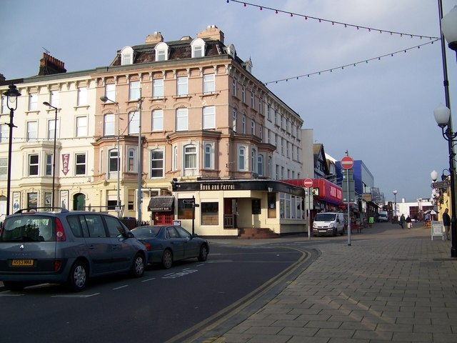 The Hook and Parrot, Bridlington