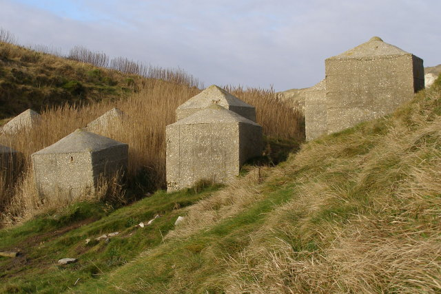 Concrete tank obstacles, Pondfield Cove