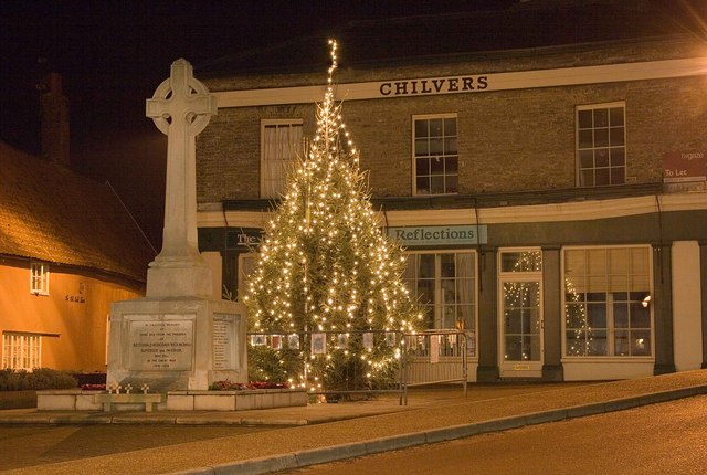 Botesdale Market Square and Christmas Tree
