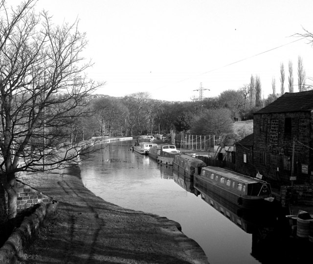 View from Thornhill Bridge 214B, Leeds and Liverpool Canal