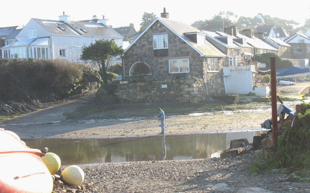 Cottages on the south side of Abersoch Harbour
