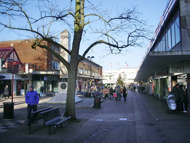 Pedestrianised shopping area Harlow town centre