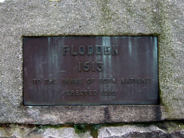 Commemorative plaque on Pipers Hill monument
