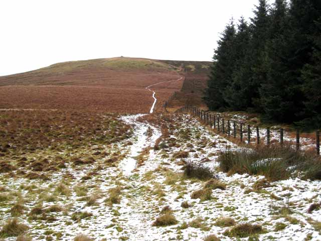 Looking back along the Pennine Way to Raven's Knowe