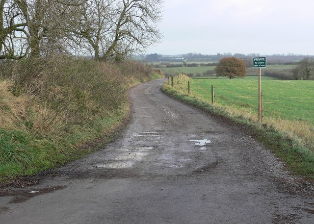 Private track to Westdale Farm