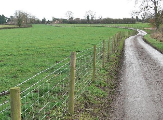 Track towards Peatling Magna