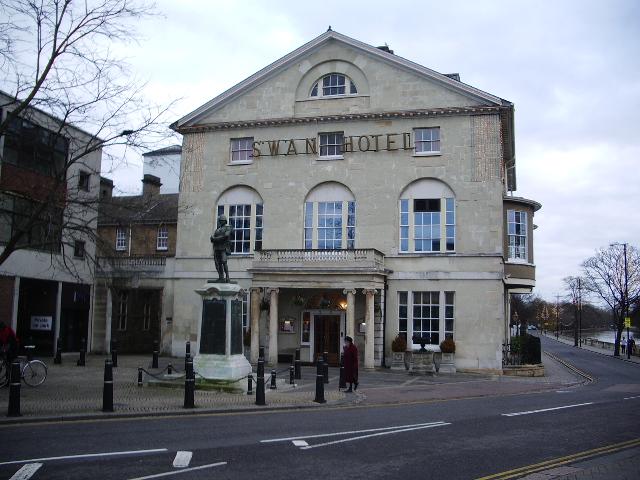 Swan Hotel, Bedford