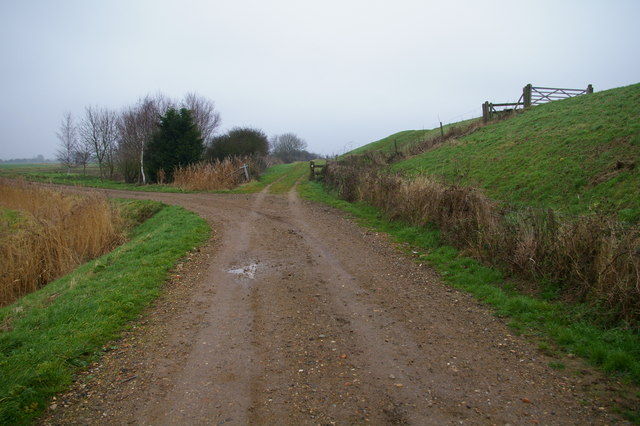 The track onto the bank