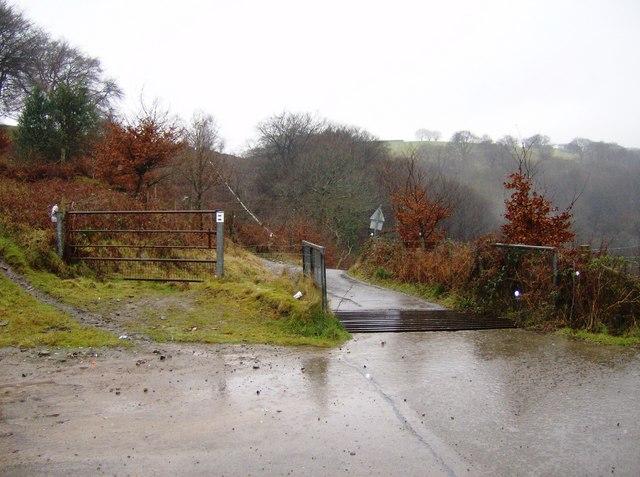 Cattle grid on Mynydd Machen Common