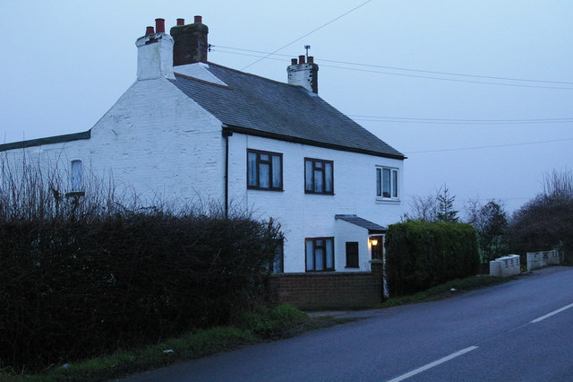 Cottages on High Road