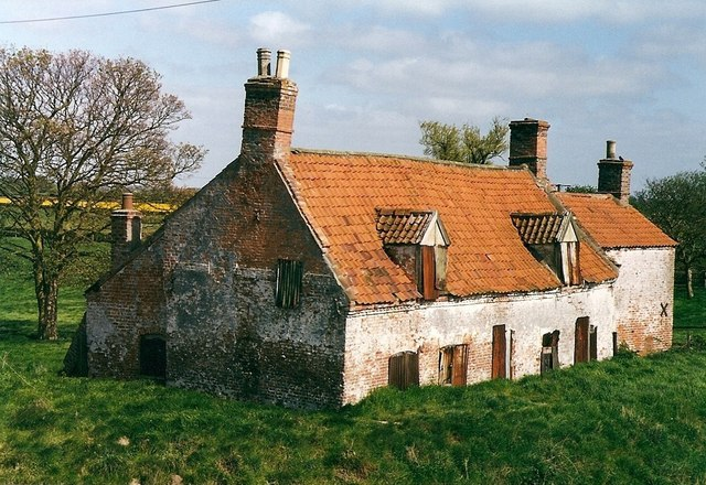 Tattershall Bridge cottage