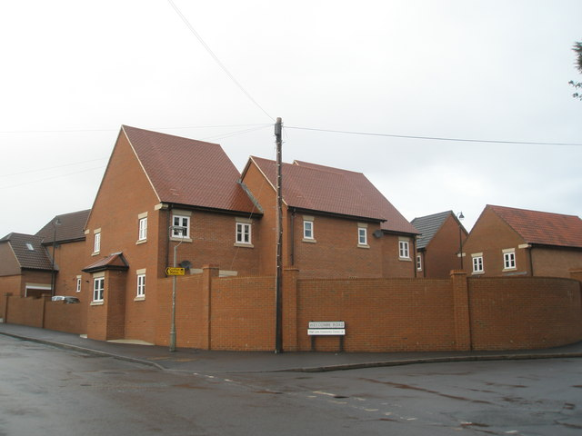 New housing in Weycombe Road