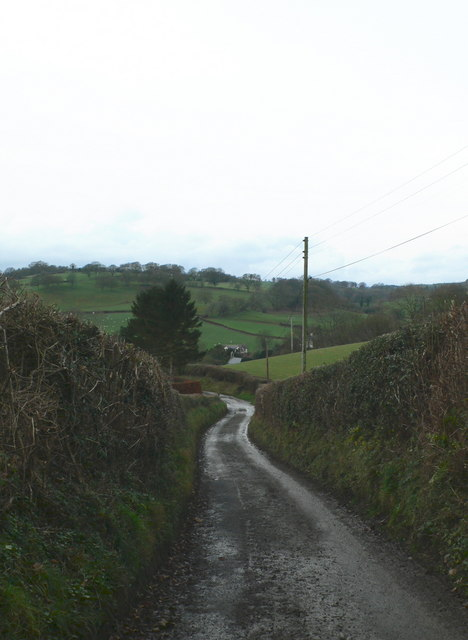 The road to Efenechtyd