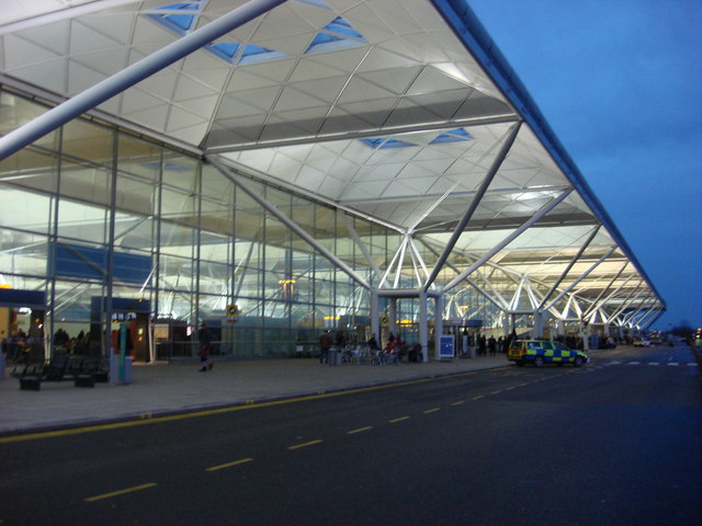 Stansted Airport, drop off point in front of terminal building