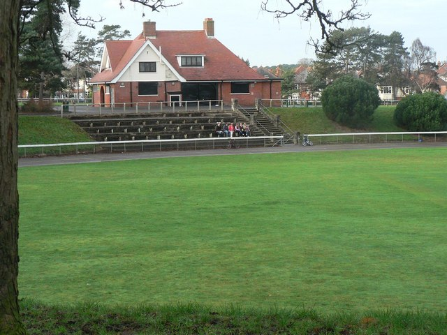 Winton: Winton Rec cycle track and pavilion
