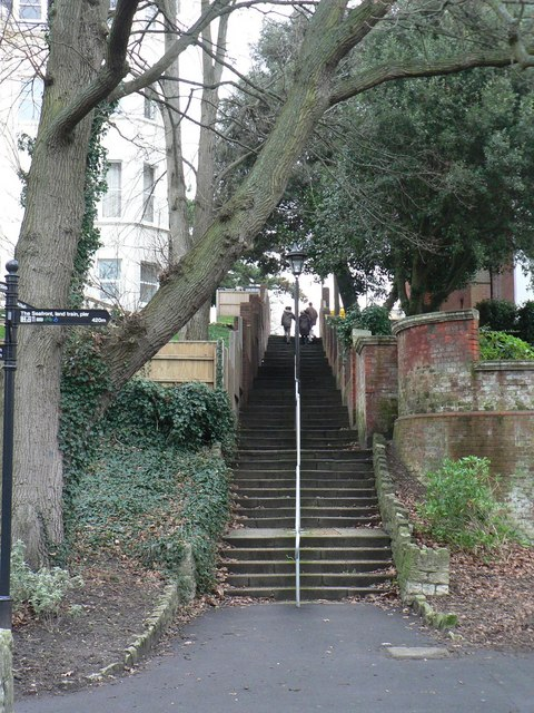 Boscombe Chine Gardens: steps on footpath F01 to Owls Road
