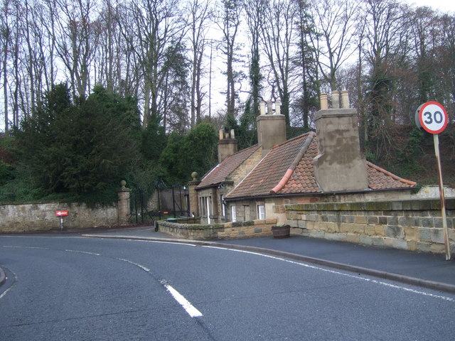 Bridge toll house