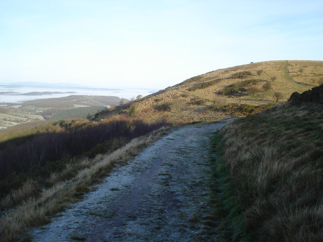 Frosty path to Table Hill