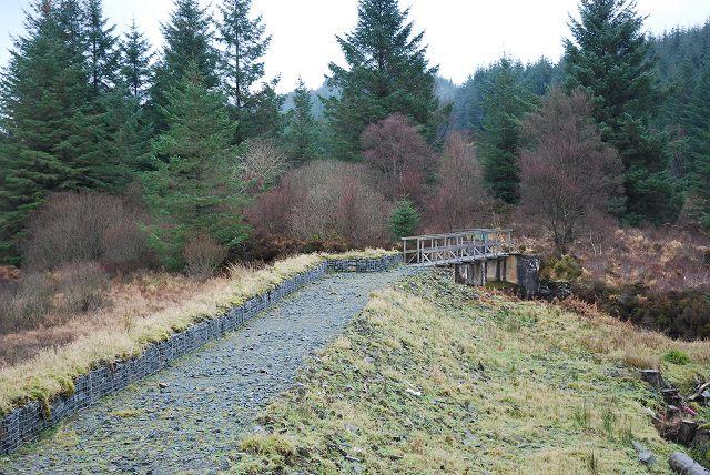 Footbridge and spillway