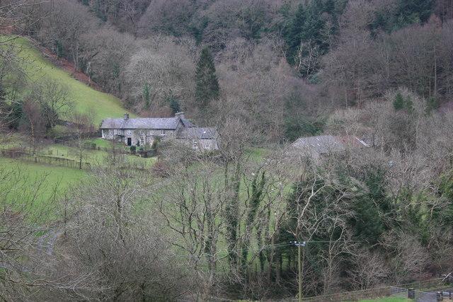 Cottages in Cwmerau