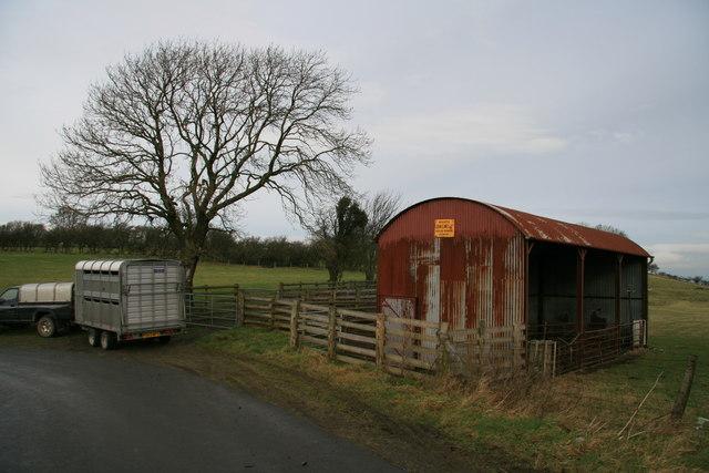 Farm building near the Seven Wells
