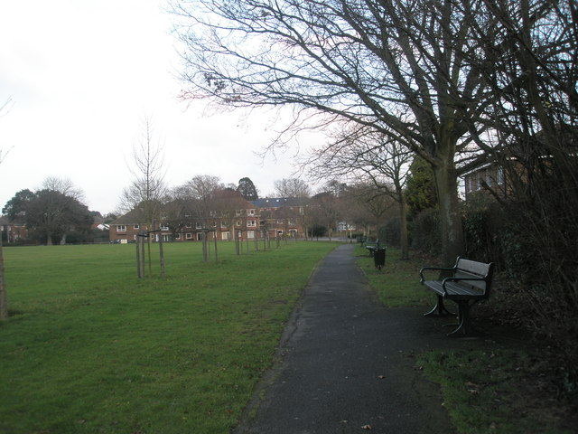 Benches along edge of Emsworth Park