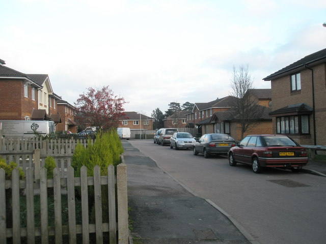 Looking down Coldharbour Farm Road