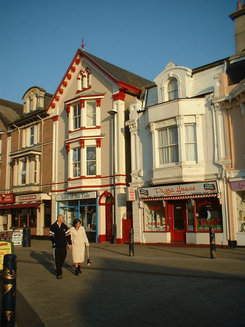 Shops in the Triangle, Teignmouth