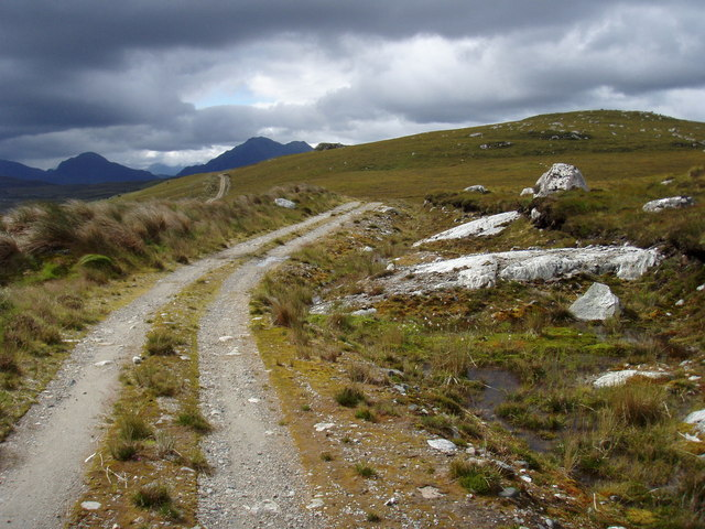 Track to Fionn Loch